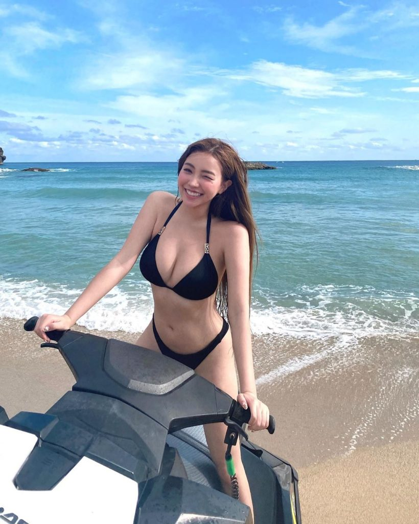 lovelynnboo 黃琳